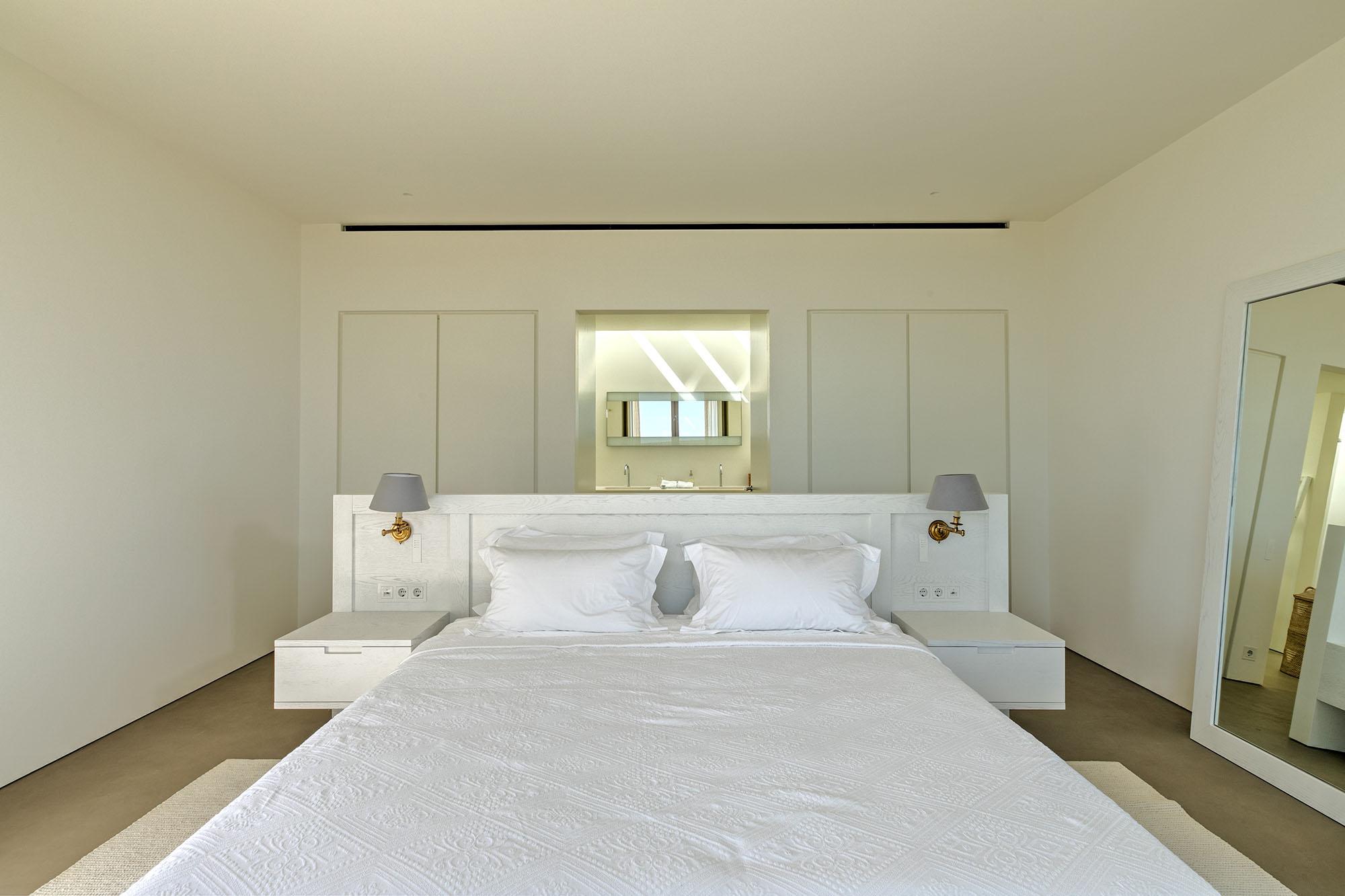 Lori Wall Bed